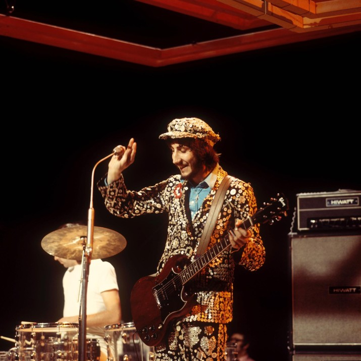 UNITED KINGDOM - DECEMBER 30: BBC TV CENTRE Photo of The Who and Keith MOON and Pete TOWNSHEND, with The Who, performing on 'Into '71' TV show, dressed as Pearly King (Photo by David Redfern/Redferns)